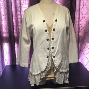 Torrid NWOT White Lace Buttoned Jacket